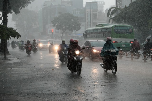 Accidente de motos con lluvia